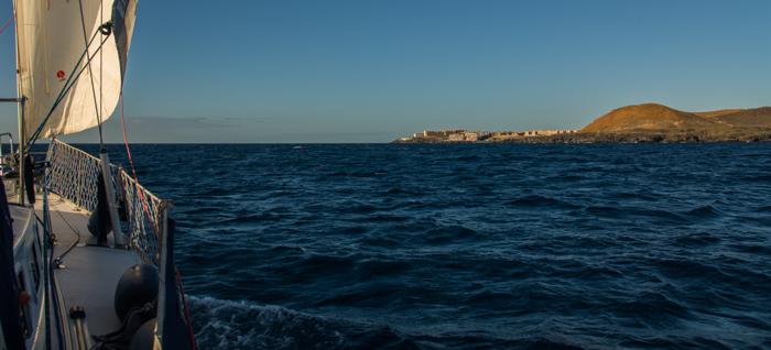 Skön segling längs Teneriffas sydkust