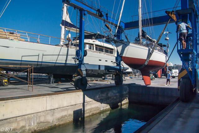 Sjösättning (observera jättekatamaranen)