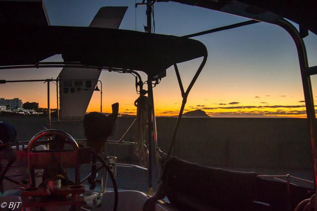 Upp tidigt för att arbeta på båten
