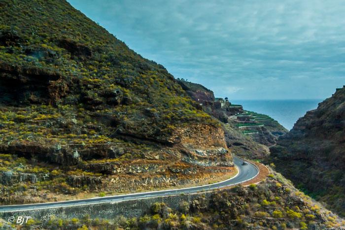 Norra La Palma genom bussfönstret