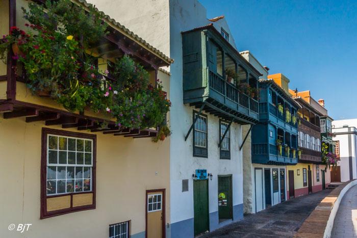 Staden är känd för sina vackra balkonger
