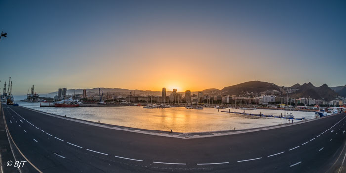 Tillbaka i marinan i Santa Cruz de Tenerife